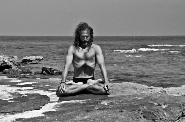 Hamsa Yoga Uddhyana Bandha